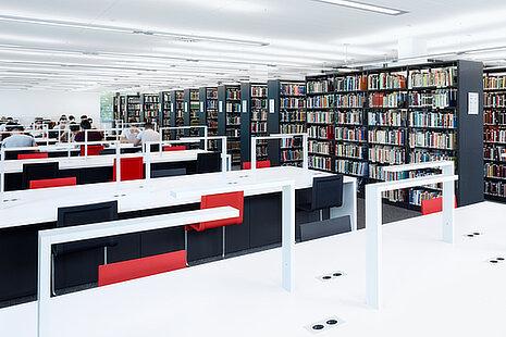 Bibliotheksleuchten von Walter Nagel